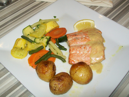 salmon with country mustad sauce